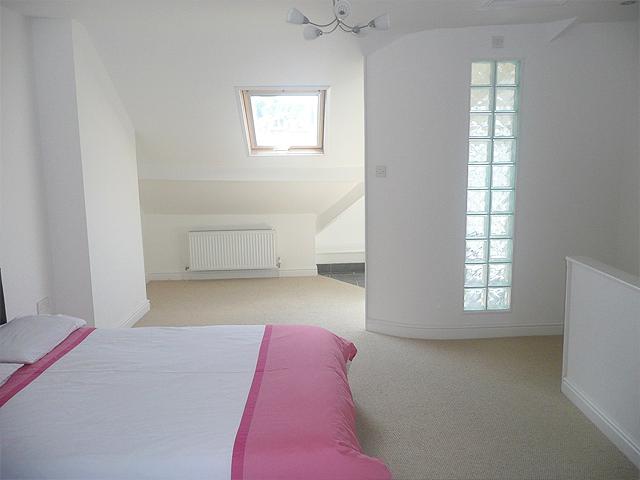 781 Ecclesall Road - Top Bedroom