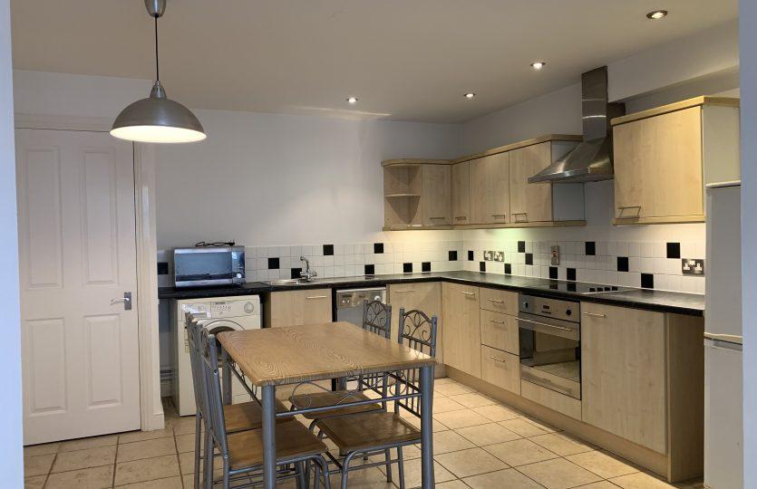 Flat 1, 275 Fulwood Road - kitchen