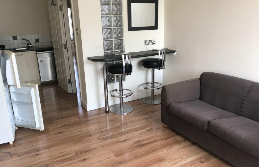 Flat 2 275 Fulwood Road - kitchen lounge