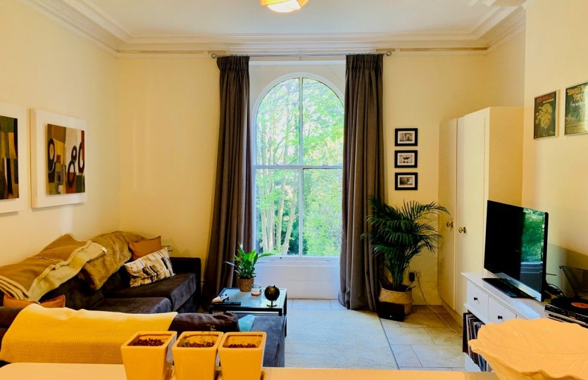 76a Ranmoor Road - bedroom