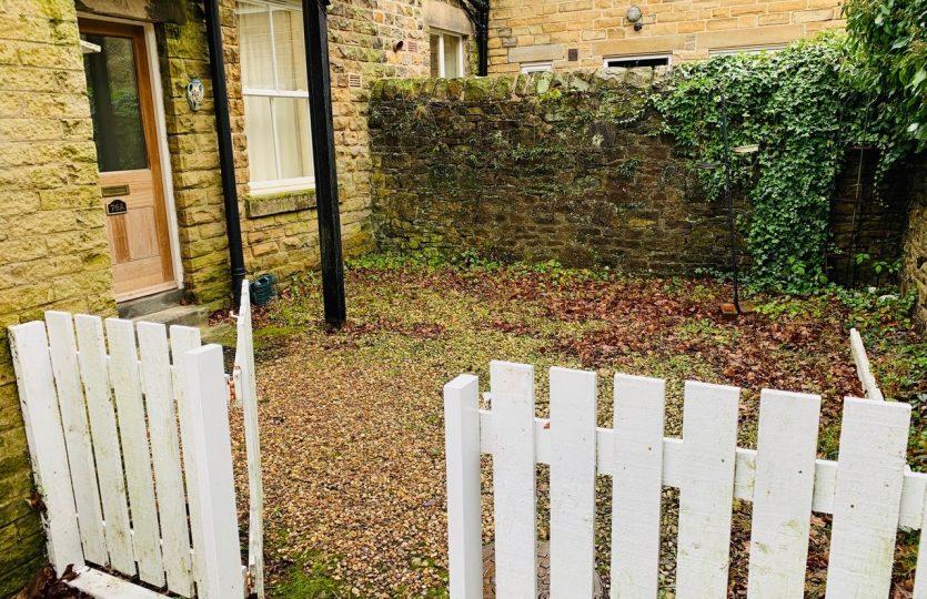 76a Ranmoor Road - back garden