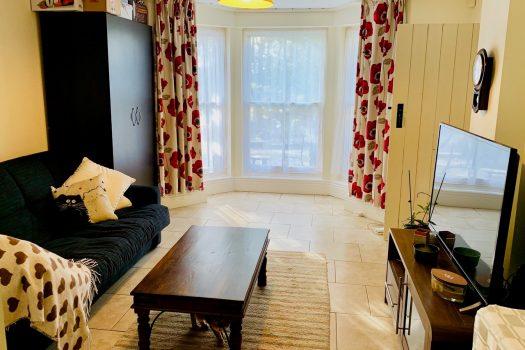76b Ranmoor Road - Lounge