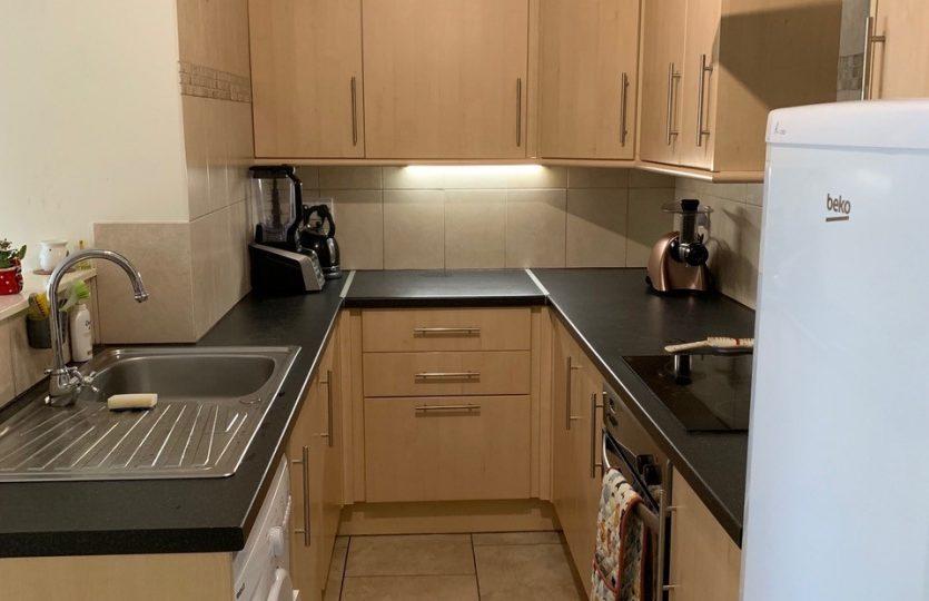 76b Ranmoor Road - kitchen