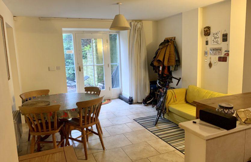 78B Ranmoor Road - front room