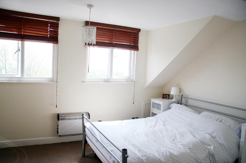 Flat 3, 275 Fulwood Road - bedroom