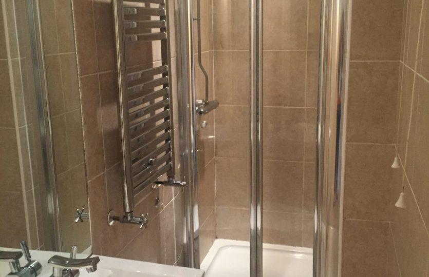43 Wayland Road - shower room