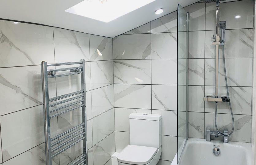 78A Ranmoor Road bathroom